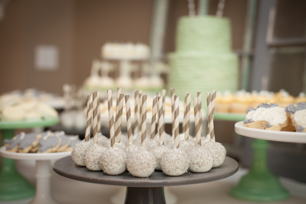 babyshower verde mint - cake pops