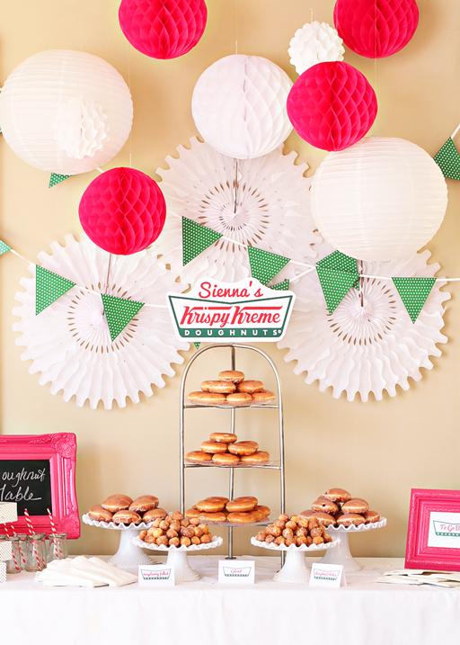 mesa donuts - rojo blanco y verde