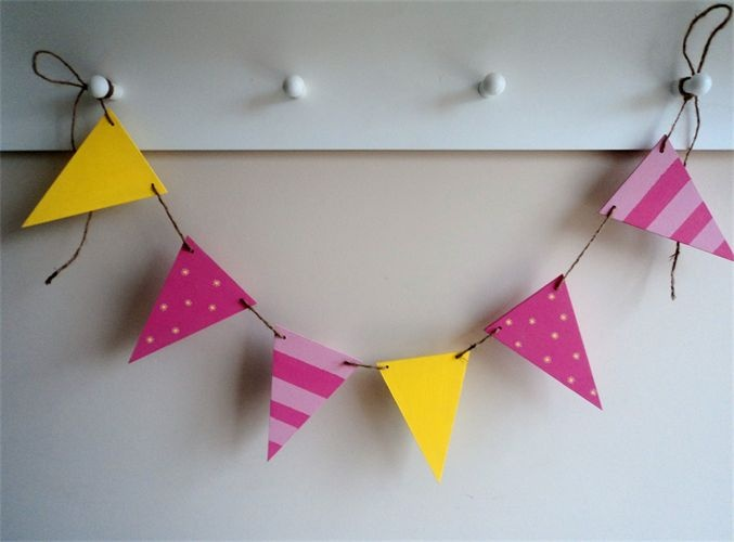 Fiesta pink lemonade - limonada rosa - banderines