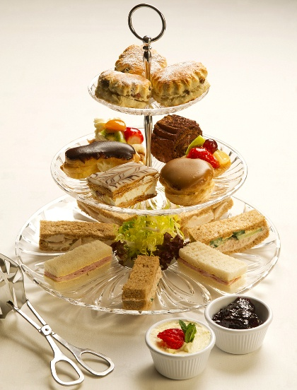 babyshower tea party - sandwiches