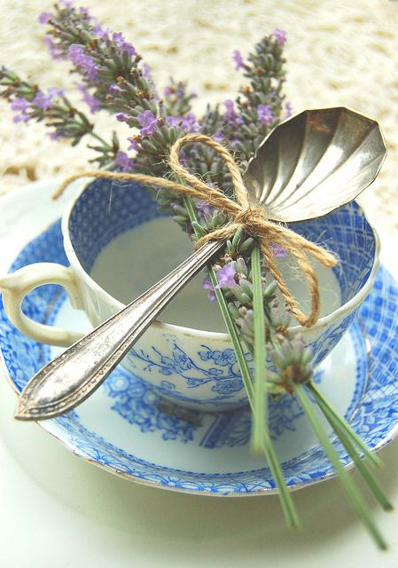 babyshower tea party - taza y lavanda