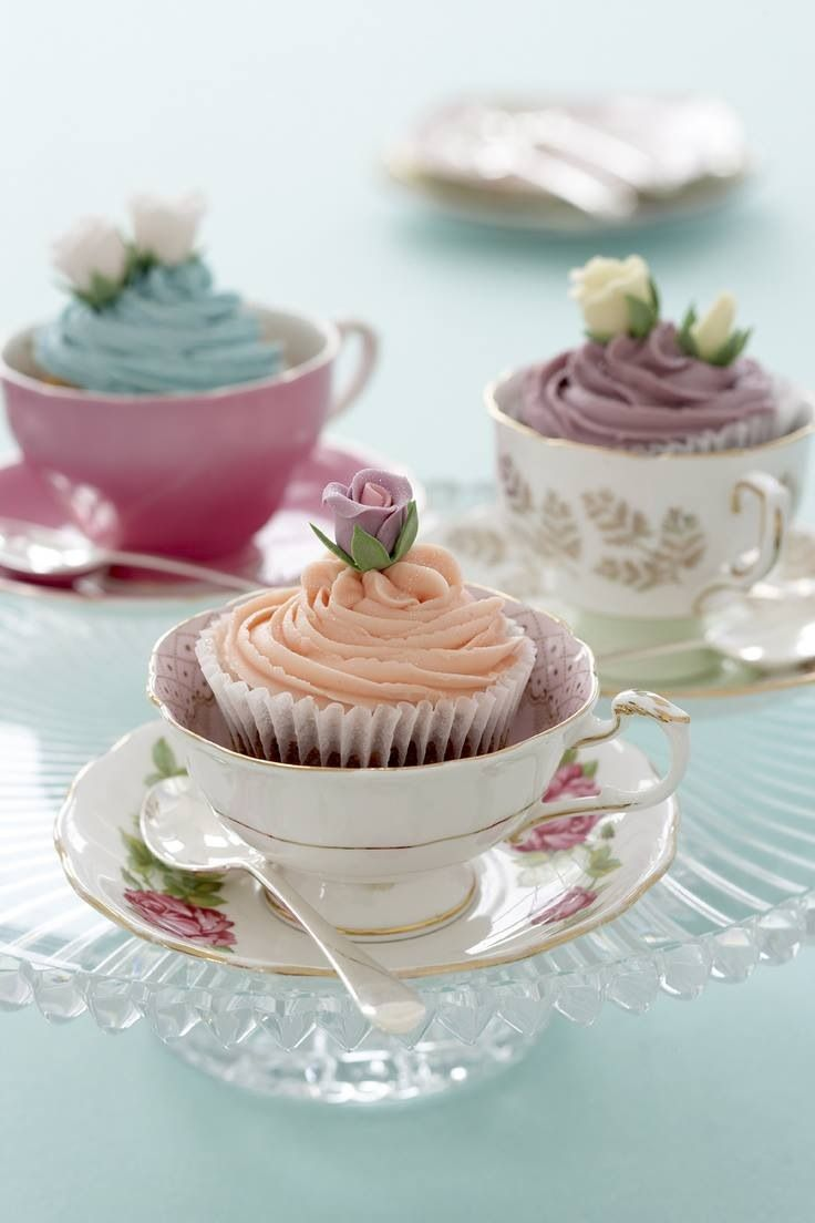 babyshower tea party - tazas cupcakes