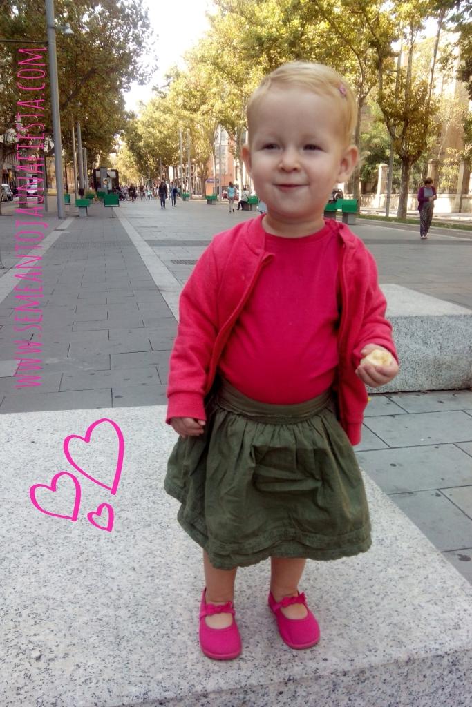 Se Me Antoja Una Fiesta - Olivia es una chica.jpg